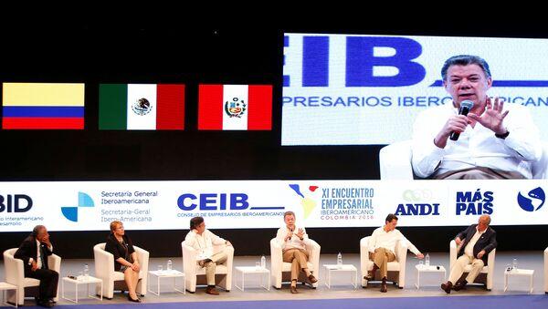 Juan Manuel Santos interviene en la XXV Cumbre Iberoamericana de Jefes de Estado y de Gobierno - Sputnik Mundo