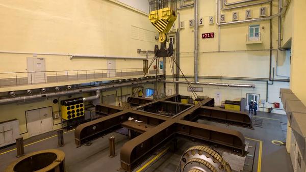 Un año de modernización de la central hidroeléctrica de Novosibirsk en cuatro minutos - Sputnik Mundo