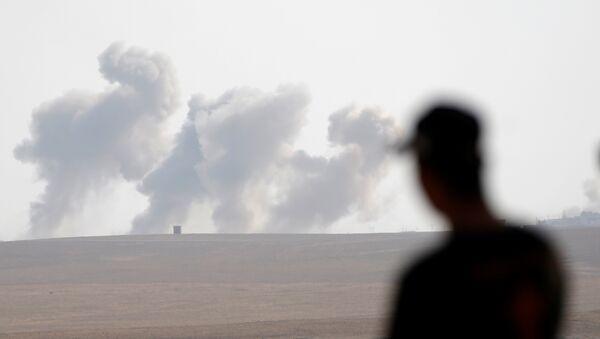 Bombardeos en Irak (Archivo) - Sputnik Mundo
