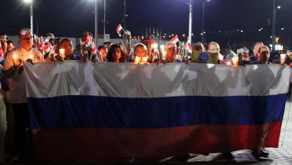 Homenaje a las víctimas del siniestro de A321 ruso en Egipto - Sputnik Mundo