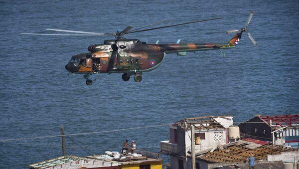 Helicóptero, Cuba. Huracán Matthew. - Sputnik Mundo