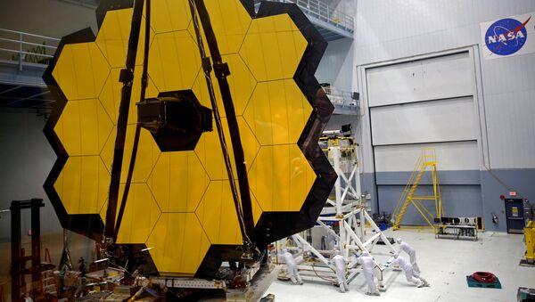 La NASA finaliza el mayor telescopio espacial construido - Sputnik Mundo