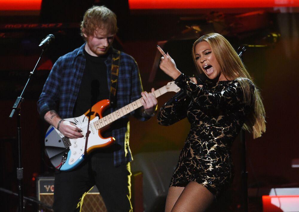 Beyoncé y Ed Sheeran participan en el evento 'Stevie Wonder: All-Star Grammy Salute' en Los Ángeles
