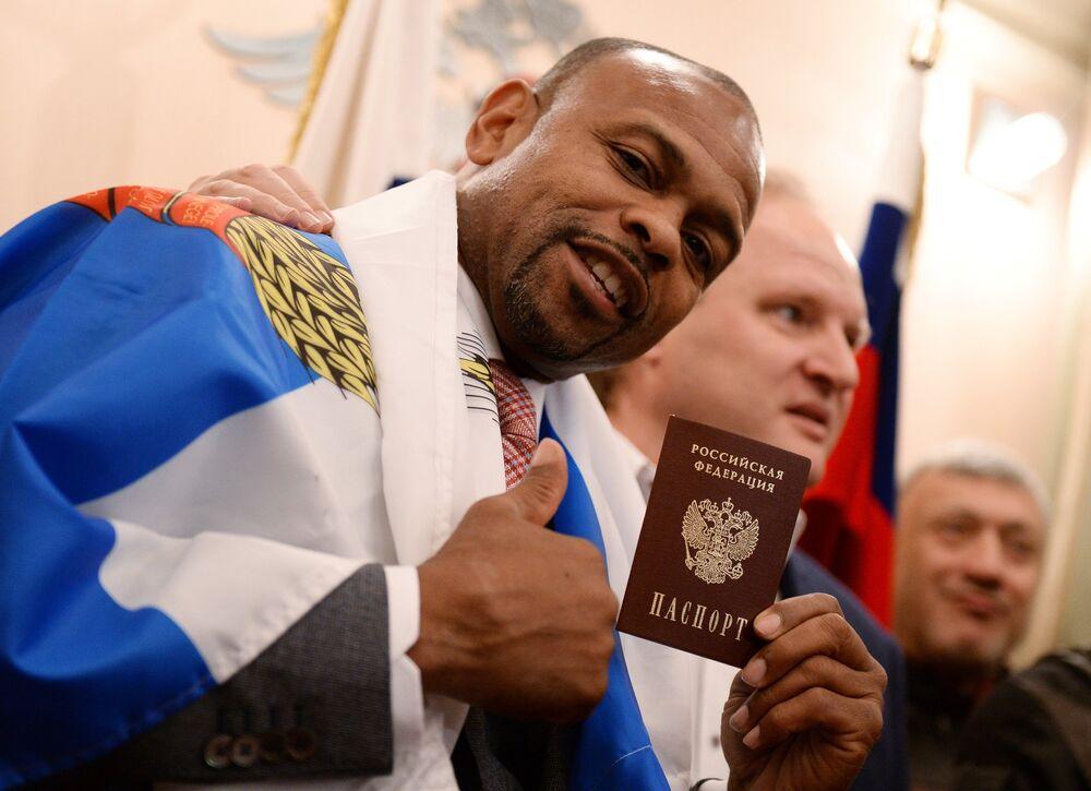 'Los nuevos rusos': celebridades extranjeras que obtuvieron la ciudadanía del país