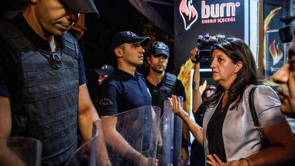 Pervin Buldan, la vicepresidente de la Gran Asamblea Nacional de Turquía y miembro del Partido Democrático de los Pueblos - Sputnik Mundo