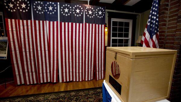 Una urna de votación en EEUU - Sputnik Mundo
