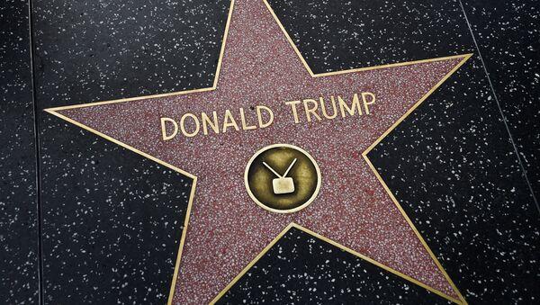 La estrella del presidente de EEUU, Donald Trump, en el paseo de la fama de Hollywood - Sputnik Mundo