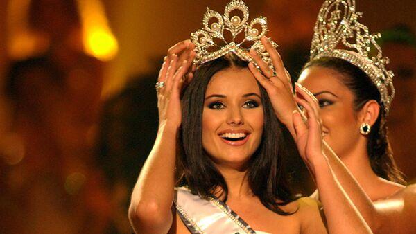 La rusa Oxana Fedorova, ganadora de Miss Universo 2002 - Sputnik Mundo