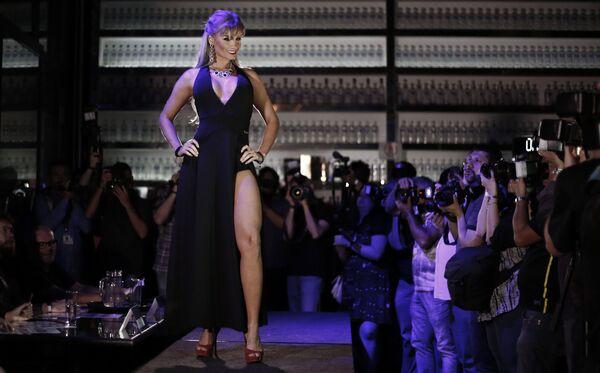 Belleza al estilo brasileño: el concurso Miss BumBum 2016 premia las mejores nalgas - Sputnik Mundo