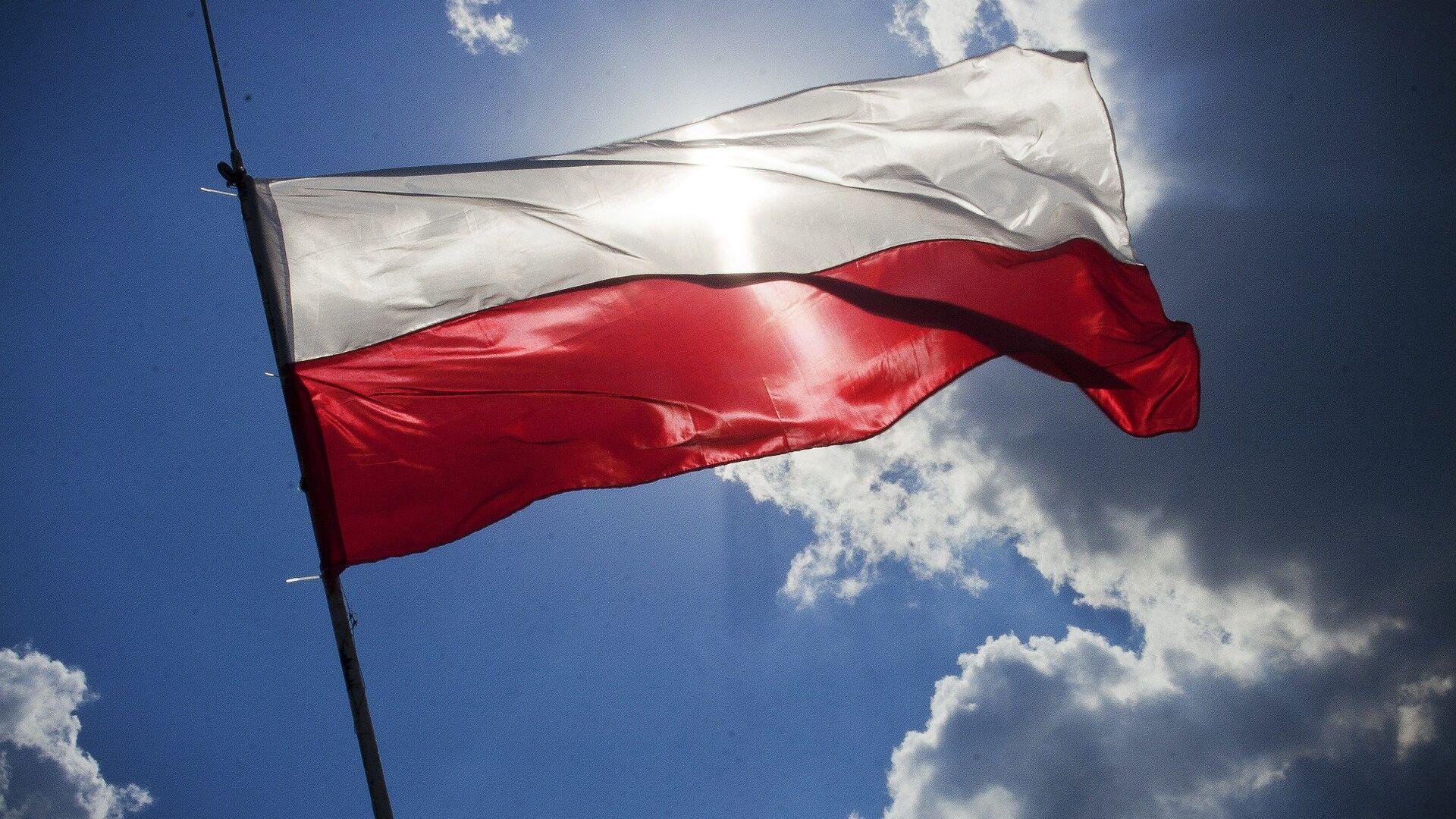 La bandera de Polonia - Sputnik Mundo, 1920, 10.03.2021