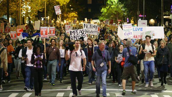 Protestas contra la victoria de Donald Trump - Sputnik Mundo