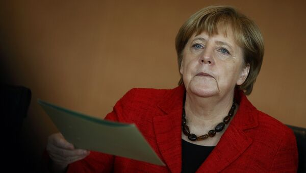 German Chancellor Angela Merkel attends the weekly cabinet meeting at the Chancellery in Berlin, Germany - Sputnik Mundo