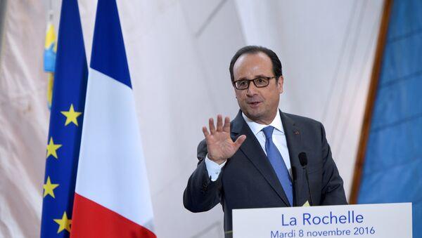 Francois Hollande - Sputnik Mundo