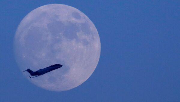 Un avión - Sputnik Mundo