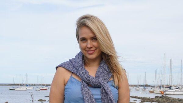 La modelo rusa 'plus size' Marina Bulátkina, residente en Nueva York, en Montevideo - Sputnik Mundo