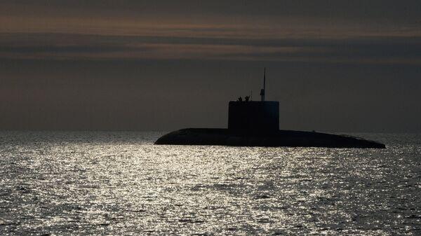 Un submarino diésel-eléctrico ruso del proyecto 636.3 Varshavianka (imagen referencial) - Sputnik Mundo