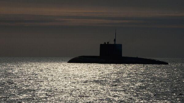 El submarino ruso de la clase Varshavianka - Sputnik Mundo