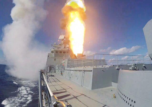 La fragata Almirante Grigoróvich, en acción