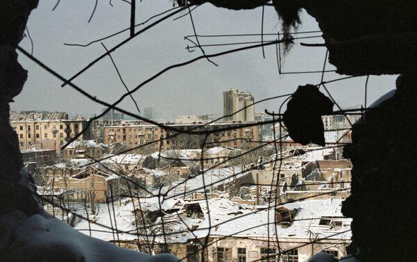 La destruida ciudad de Grozni, capital de Chechenia - Sputnik Mundo