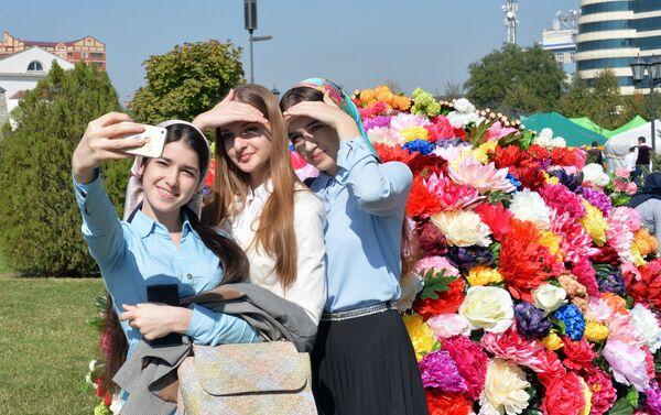 La celebración del día de la ciudad en Grozni, capital de Chechenia - Sputnik Mundo
