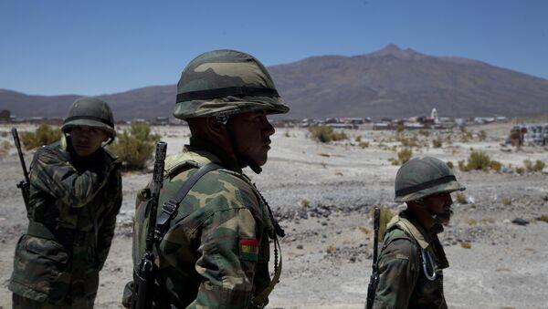 Los soldados bolivianos en Sabaya - Sputnik Mundo