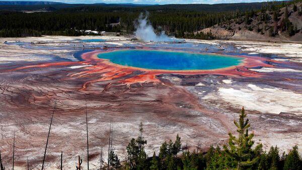 La Gran Fuente Prismática en el Parque Nacional de Yellowstone - Sputnik Mundo
