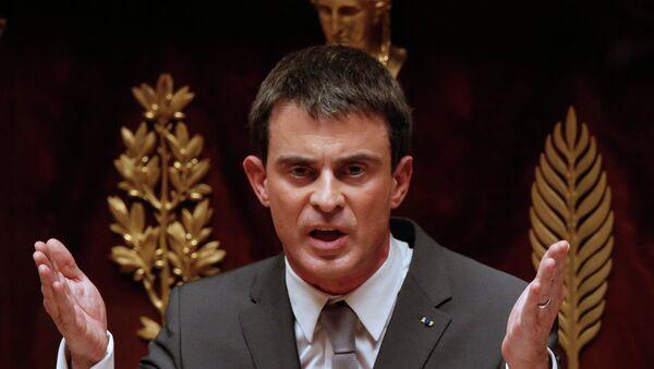 Ex primer ministro francés Manuel Valls - Sputnik Mundo