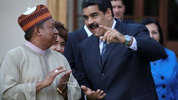 rganization of the Petroleum Exporting Countries (OPEC) Secretary-General Mohammed Barkindo (L) and Venezuela's President Nicolas Madur - Sputnik Mundo