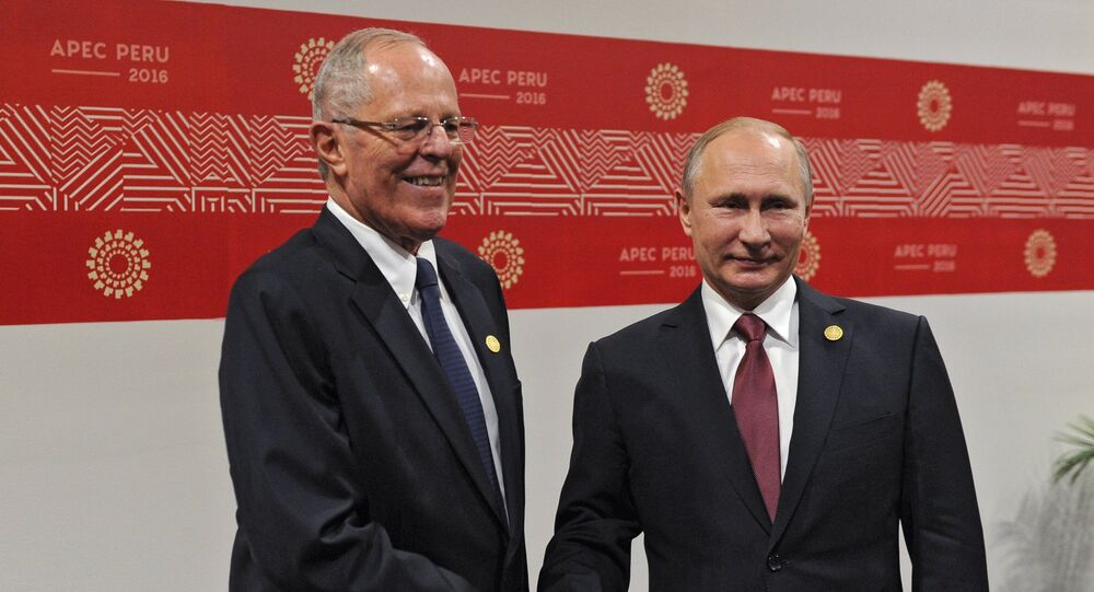El presidente de Rusia, Vladímir Putin y Pedro Pablo Kuczynski, el presidente de Perú