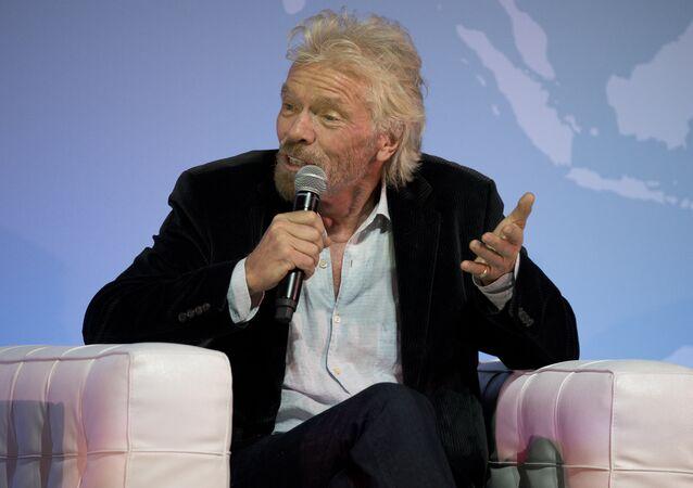 Sir Richard Branson, director ejecutivo del conglomerado multinacional Virgin Group