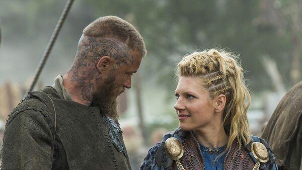 Escena del episodio 3 de la serie televisiva 'Vikingos' de History Channel - Sputnik Mundo