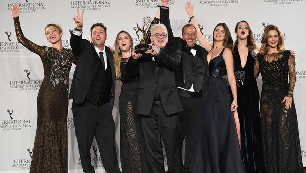 La brasileña Verdades secretas gana el Emmy - Sputnik Mundo
