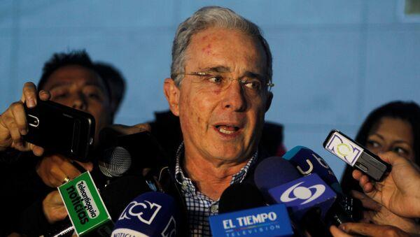 El expresidente de Colombia Álvaro Uribe Vélez - Sputnik Mundo