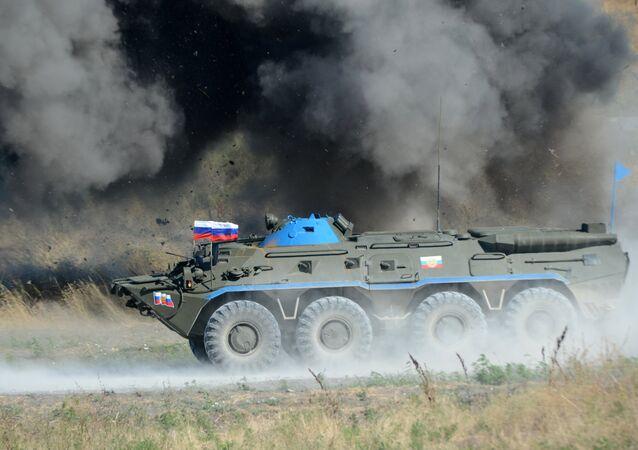 Un carro blindado del Ejército de Rusia