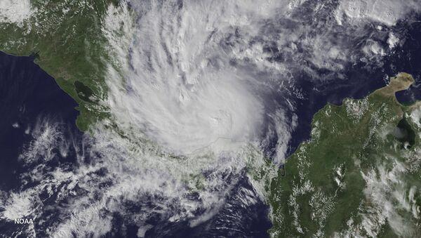 El huracán Otto aproximándose a Nicaragua - Sputnik Mundo