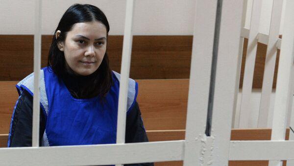 La niñera Gulchejra Bobokúlova, durante el juicio - Sputnik Mundo