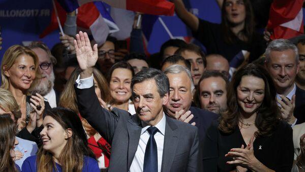 Francois Fillon, precandidato a la Presidencia francesa - Sputnik Mundo