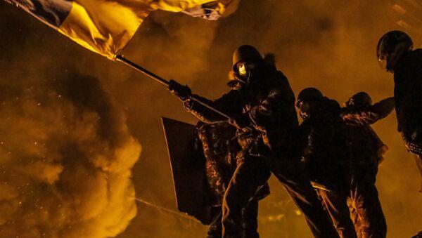 Los disturbios del Maidán en la capital de Ucrania en 2014 - Sputnik Mundo