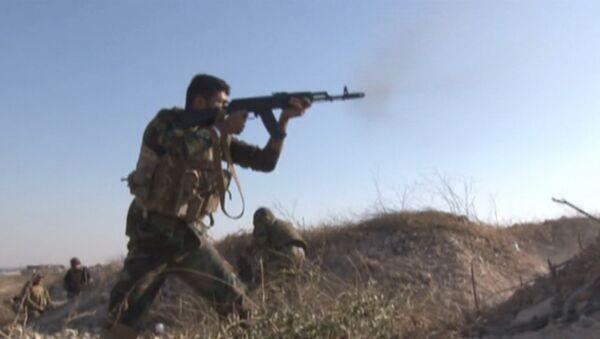 Sin piedad con los terroristas: el Ejército de Siria aplasta a los yihadistas en el este de Alepo - Sputnik Mundo