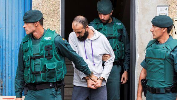 La Guardia Civil española detiene a un presunto yihadista - Sputnik Mundo