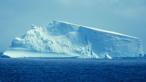 Iceberg (imagen referencial) - Sputnik Mundo