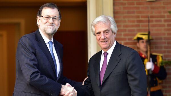 El presidente del Gobierno español, Mariano Rajoy, y el presidente de la República de Uruguay, Tabaré Vázquez - Sputnik Mundo