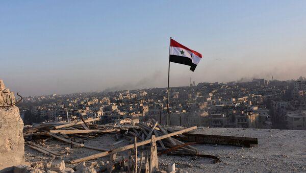 La bandera nacional de Siria - Sputnik Mundo