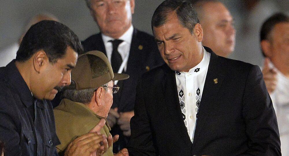 Nicolás Maduro, presidente de Venezuela, Raúl Castro, líder de Cuba, y Rafael Correa, presidente de Ecuador