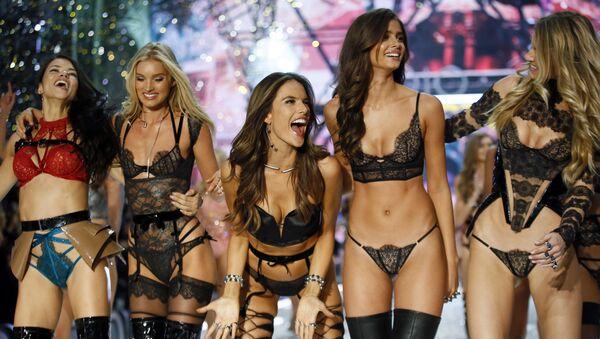 Las modelos de Victoria's Secret - Sputnik Mundo