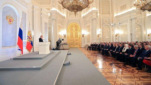 Vladímir Putin, presidente de Rusia, durante el mensaje anual a la Asamblea Federal - Sputnik Mundo