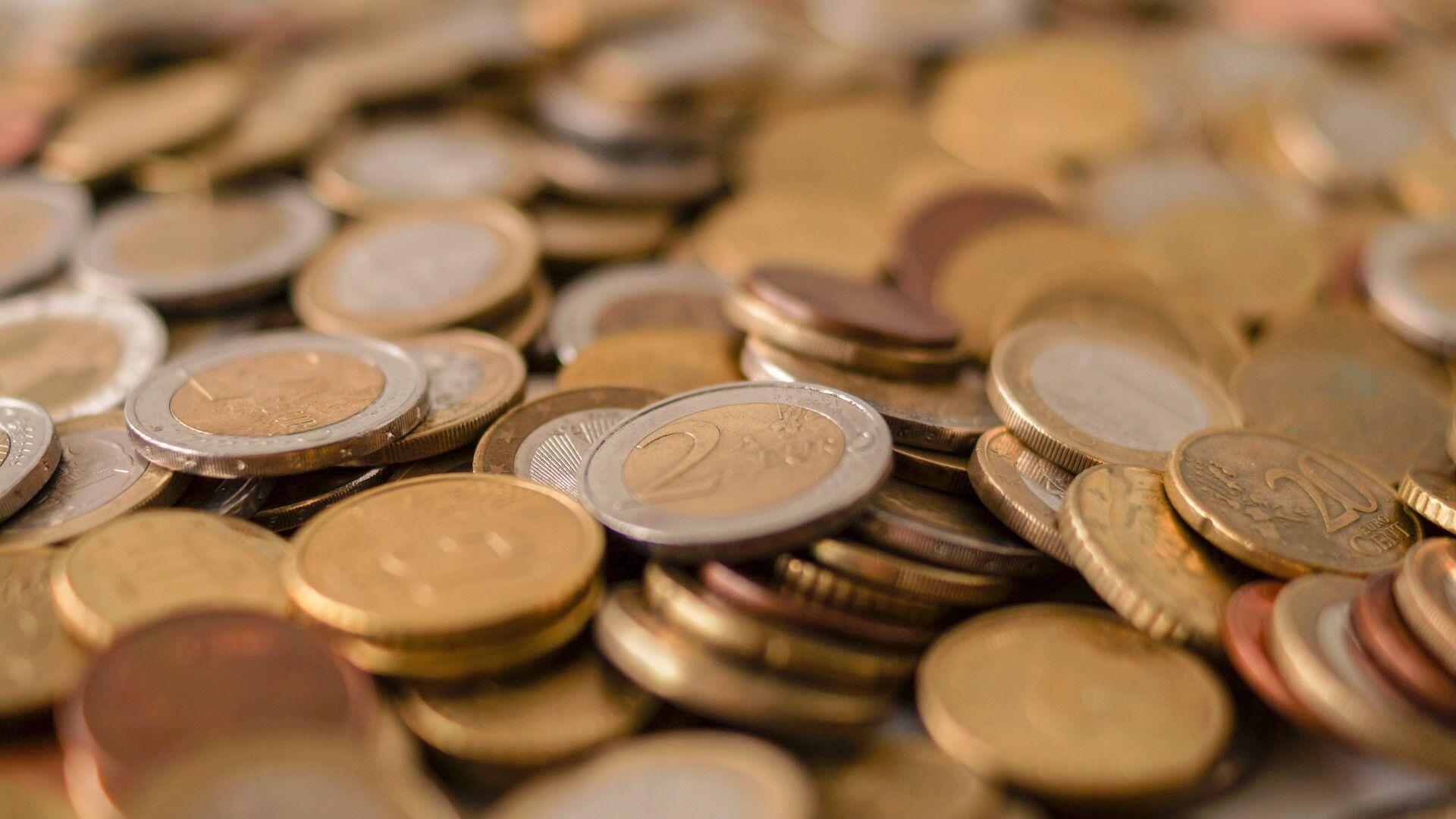 Monedas de euros (imagen referencial) - Sputnik Mundo, 1920, 02.06.2021