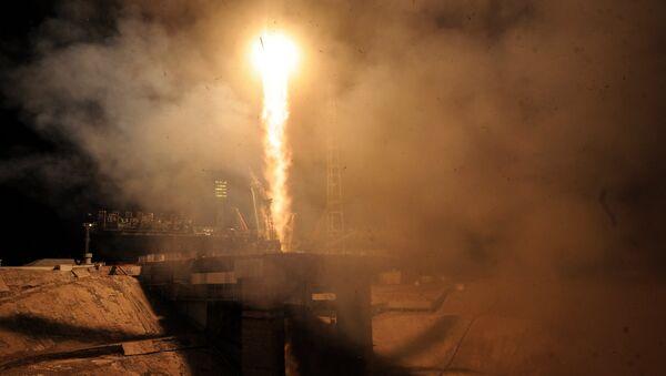 Lanzamiento de un cohete Soyuz - Sputnik Mundo