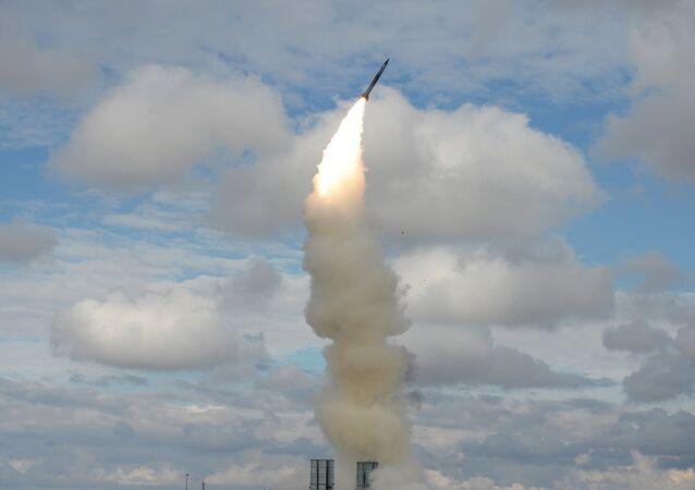 Lanzamiento del misil S-300 (archivo)