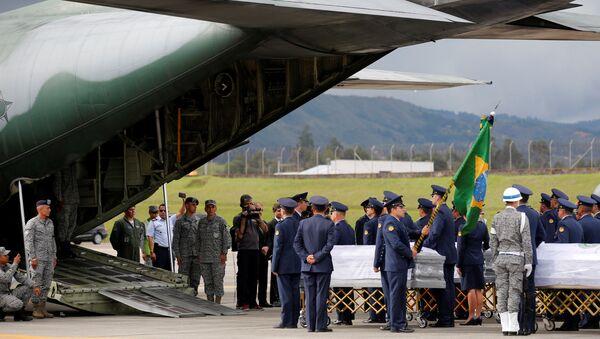 Repatriación de cuerpos del equipo de fútbol brasileño Chapecoense - Sputnik Mundo